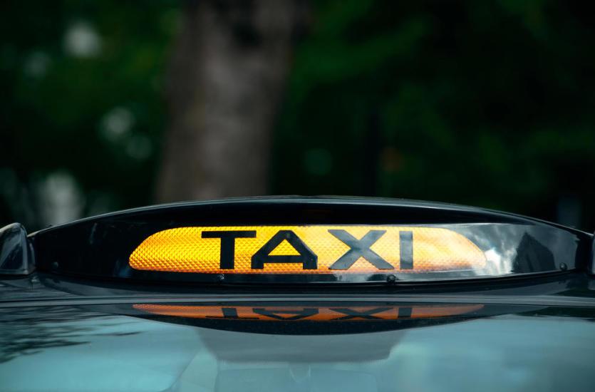 Kiedy warto korzystać z taksówek?