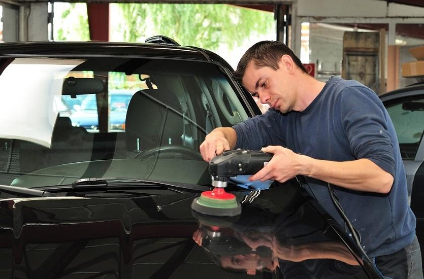 Metody zabezpieczania lakieru samochodowego