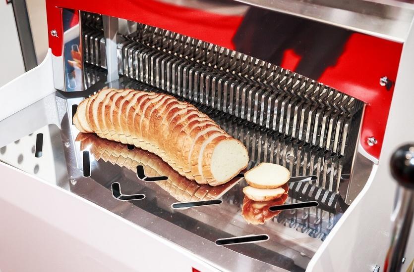 Sprzedaż krajalnic do chleba. Gdzie znaleźć dobre maszyny piekarnicze?