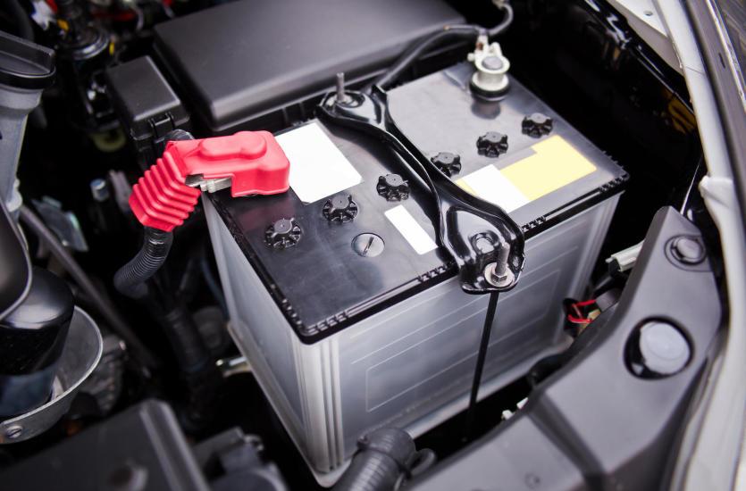 Akumulator jako podstawowy element elektryczny – jaki wybrać?