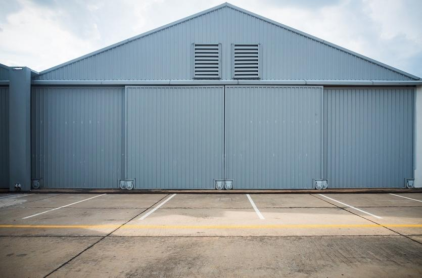 Zalety garaży blaszanych