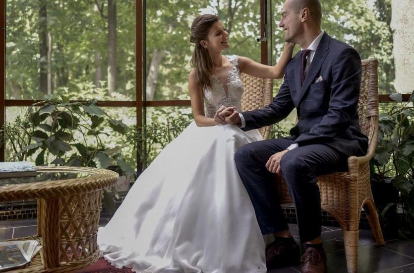 Niebanalna, ale idealna fotograficzna sesja ślubna