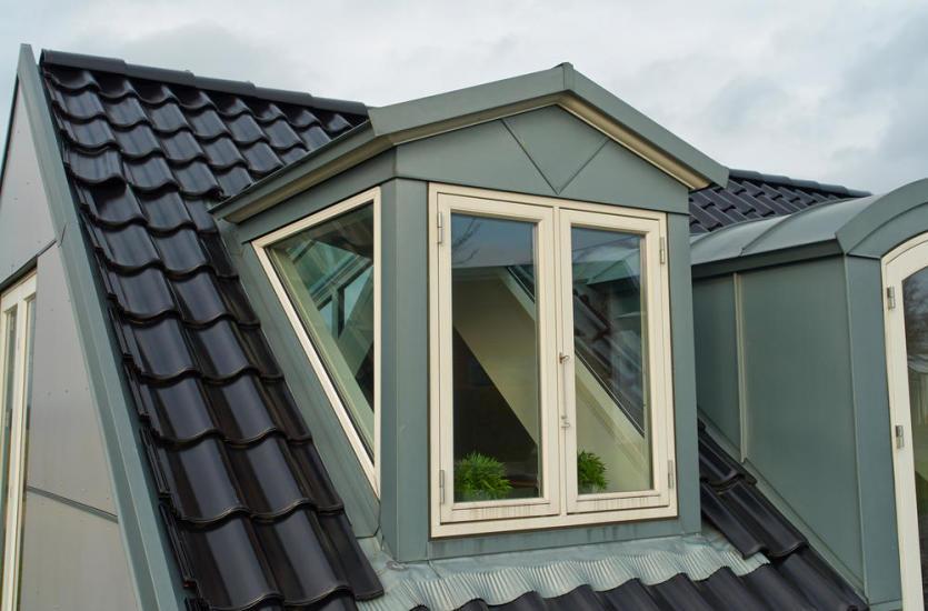 Dachówki modułowe – innowacyjne systemy pokrycia dachowego