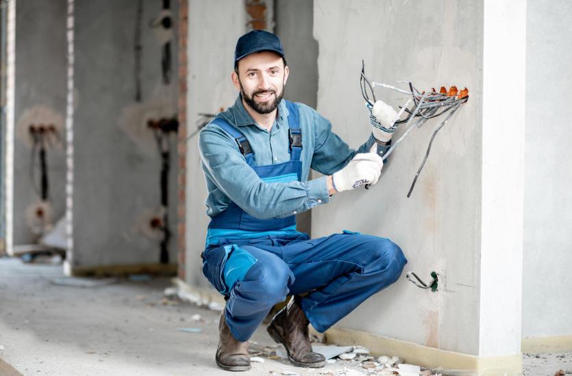 Jak właściwie zainstalować instalację elektryczną?