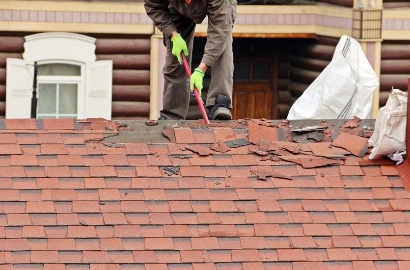 Remont dachu - co się najczęściej psuje? Na co warto zwrócić uwagę?