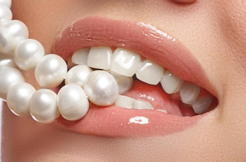 Prawdy i mity o wybielaniu zębów