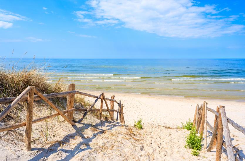 Wypoczynek nad polskim morzem – cudze chwalicie, swego nie znacie