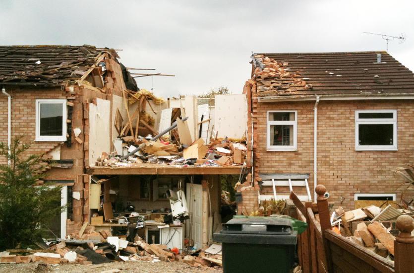 Co powinieneś wiedzieć o rozbiórce i wyburzeniu domu?