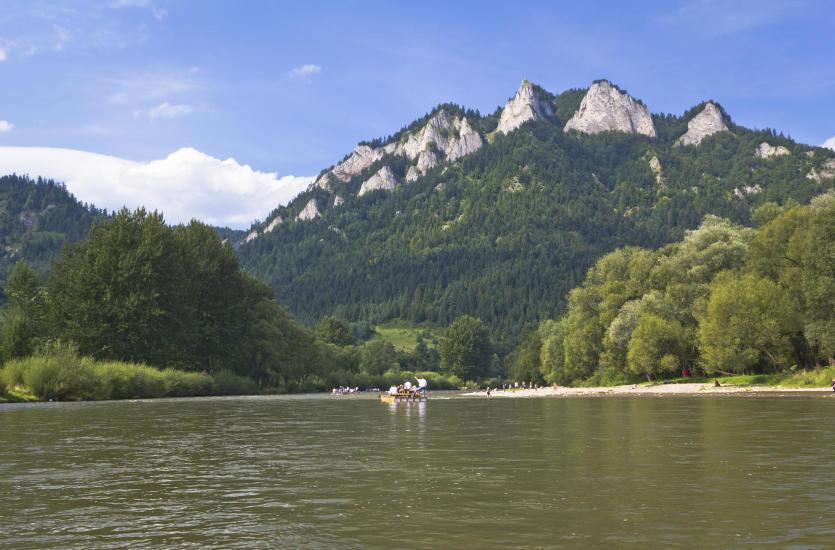 Spływ Dunajcem – popłyń tratwą przez Pieniński Park Narodowy