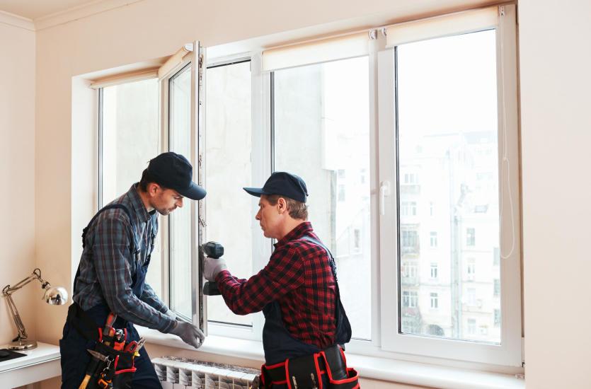 Okna fasadowe – na jakie czynniki zwrócić uwagę podczas zakupu?