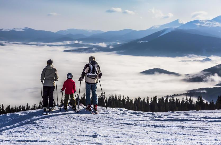 Wyjazd z dziećmi na narty – dokąd i jak się przygotować?
