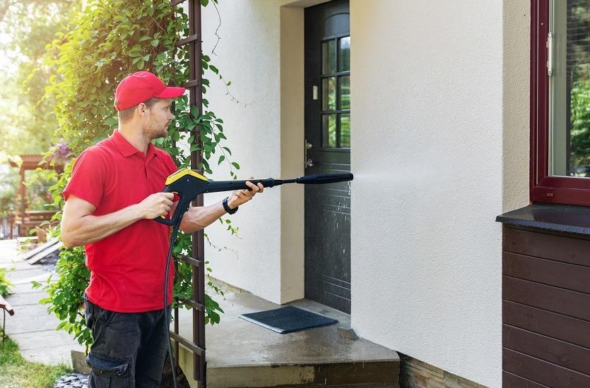 Metody czyszczenia elewacji budynków