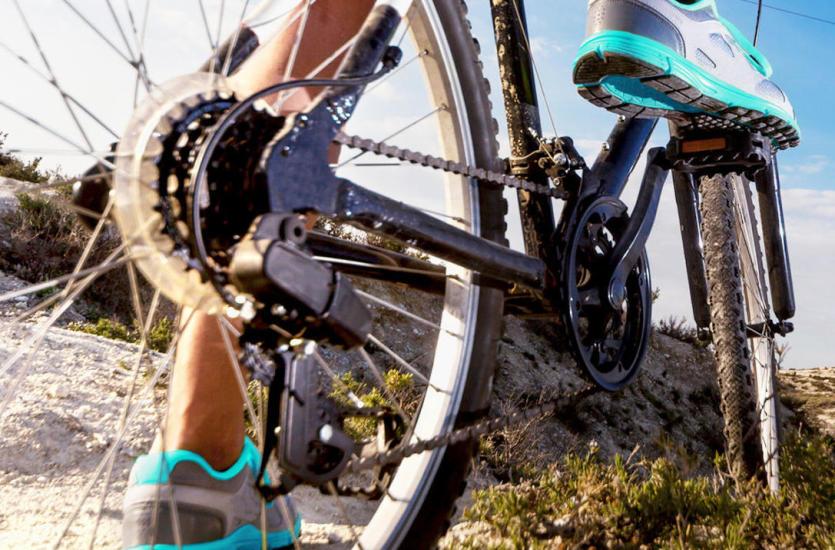 Sezon rowerowy w pełni – najwyższy czas odkurzyć sprzęt ze sklepem TRAVELER!