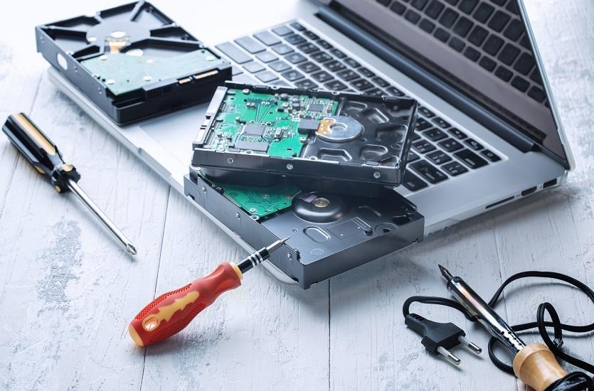 Najczęstsze awarie komputerów i laptopów