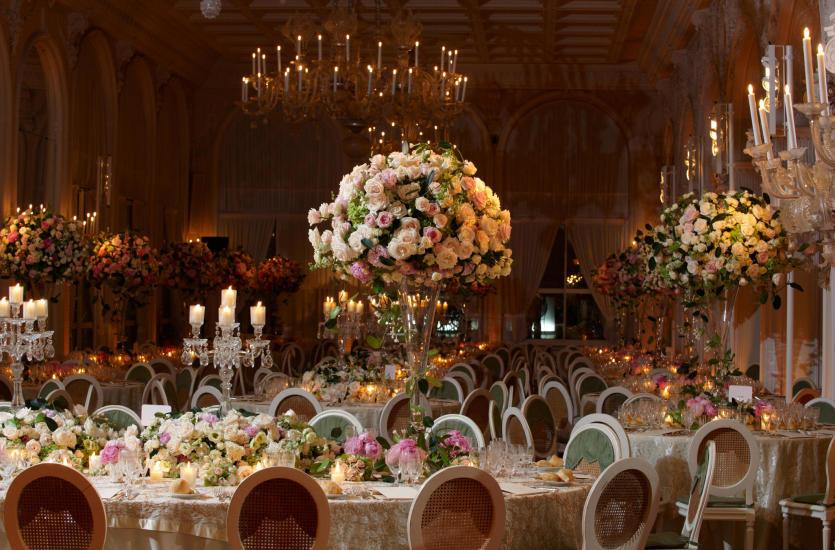 Jak dobrać kwiaty do dekoracji ślubu i wesela?