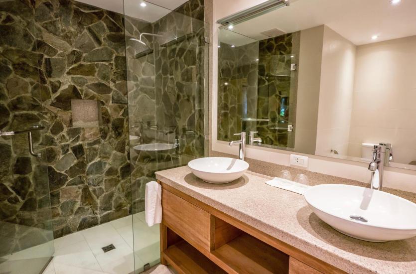 Jakie lustro kupić do łazienki?