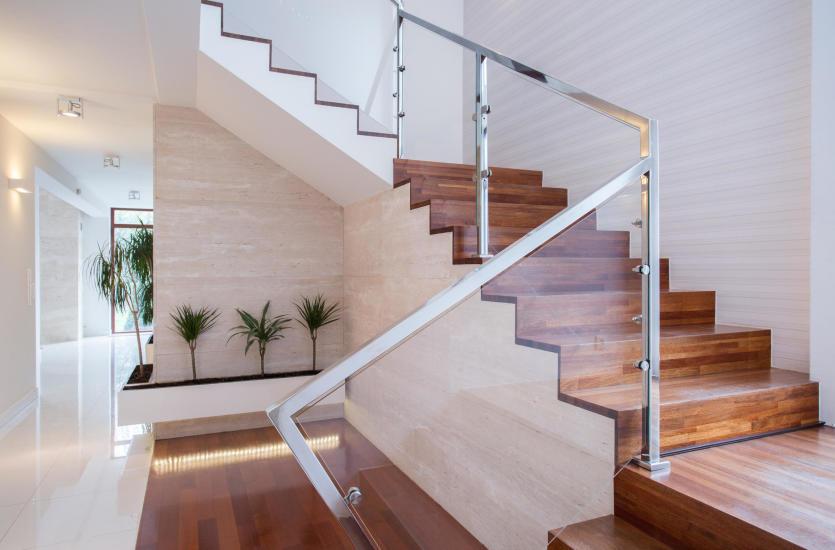 Jakie schody wewnętrzne wybrać?