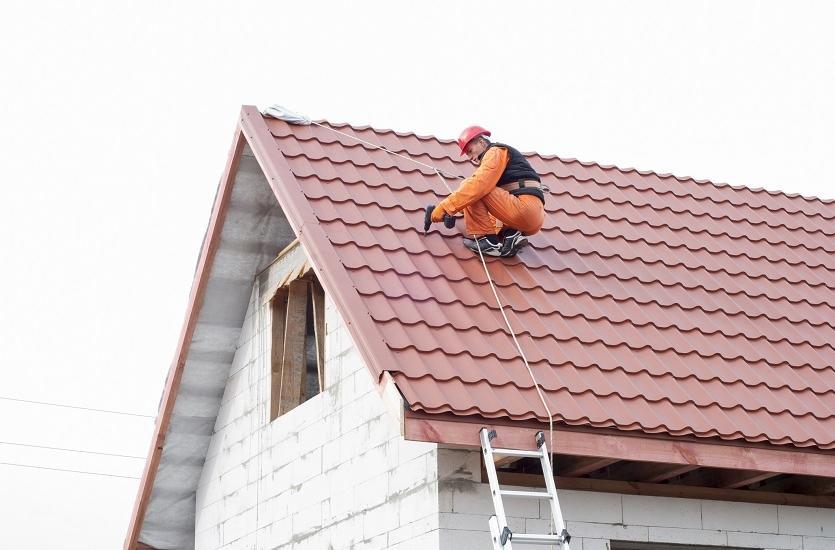 Na czym polega konserwacja dachów?