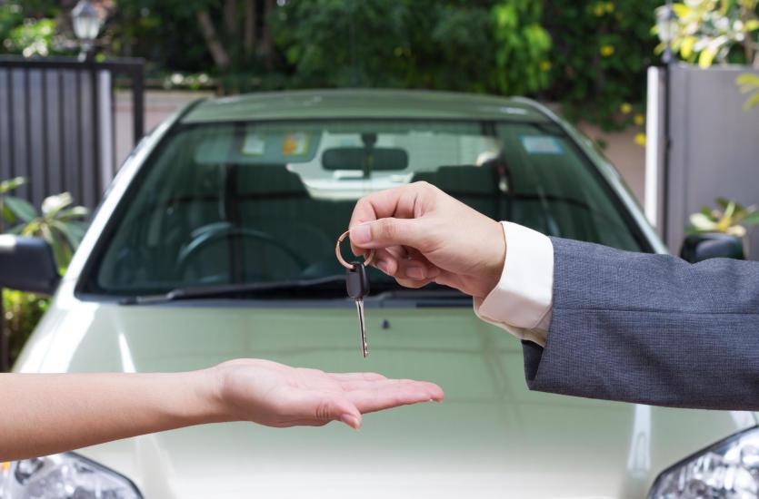 Dlaczego warto zdecydować się na kupno używanego samochodu?