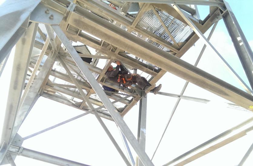 Potrzebujesz solidnych balustrad, czy pięknego płotu – zatrudnij firmę wykonującą konstrukcje stalowe