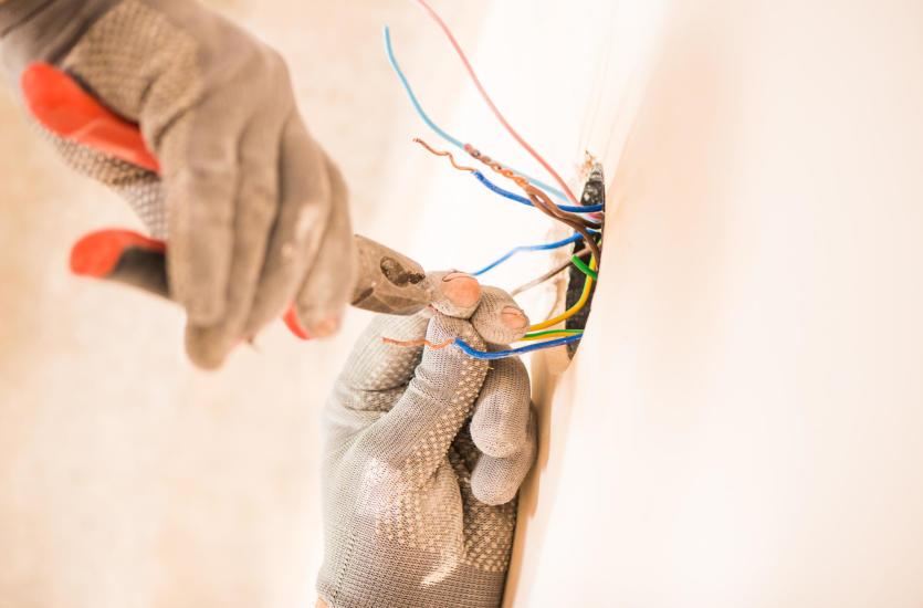 Wszystko, co musisz wiedzieć o instalacjach elektrycznych w domu