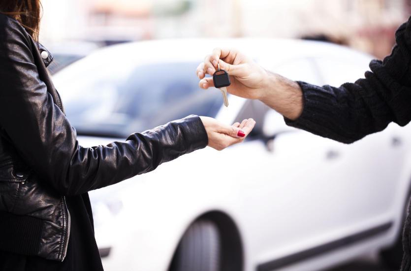 Dlaczego warto sprzedać samochód do skupu aut używanych?