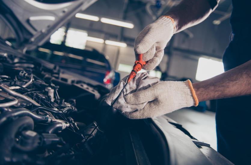 Najczęstsze awarie silników spalinowych – co warto wiedzieć?