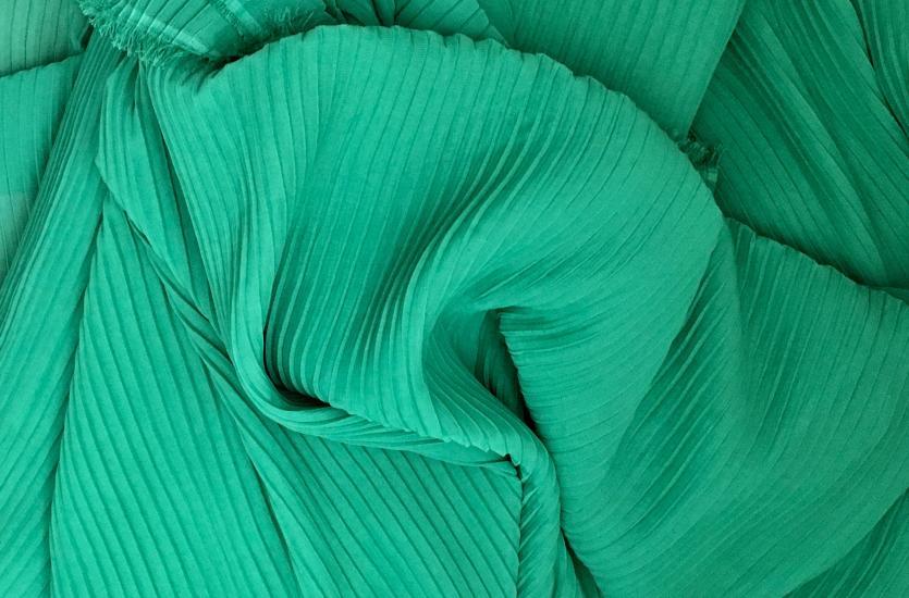 Czym różnią się tkaniny i dzianiny?