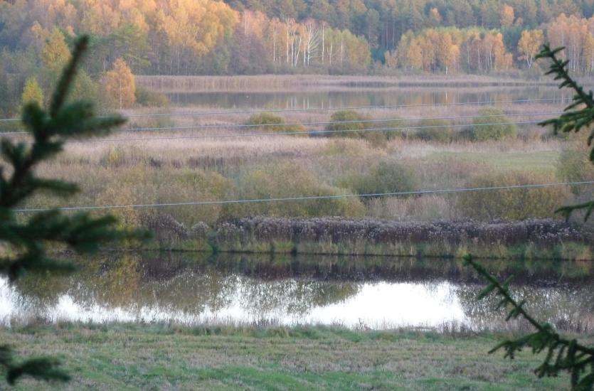 Czym powinien charakteryzować się dobry ośrodek zlokalizowany nad jeziorem?