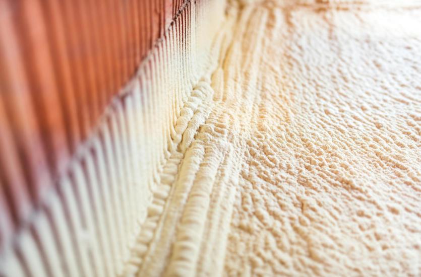 Korzyści z ocieplania pianką poliuretanową