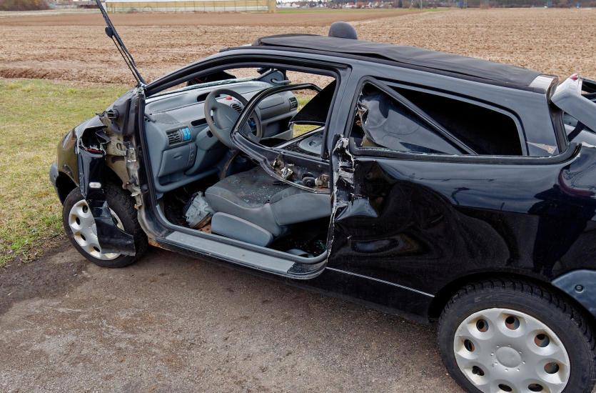 Złomowanie samochodu - Co warto wiedzieć?