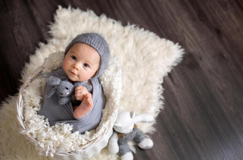 Do czego służy kokon dla dziecka i jak go wybrać?