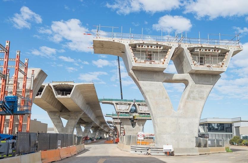 Czym charakteryzuje się beton mostowy?