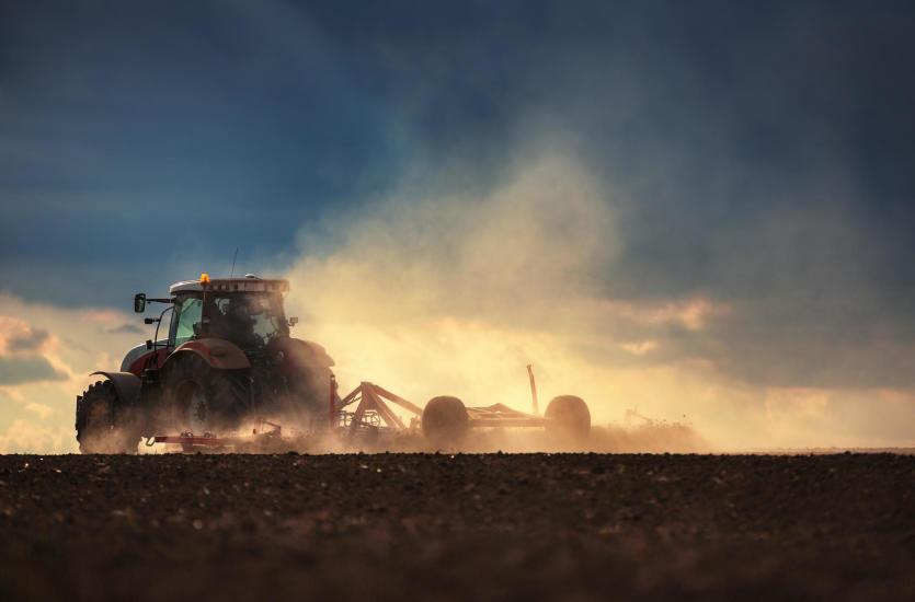 Agregat uprawowy. Jak wybrać odpowiedni sprzęt dla gospodarstwa?