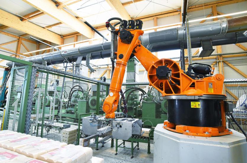 Czym jest oraz jaka jest rola automatyki przemysłowej?