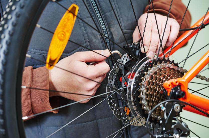 Jak wybrać dobry serwis rowerowy?