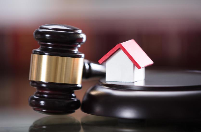 Когда нам нужна поддержка адвоката, то есть профессиональная юридическая помощь
