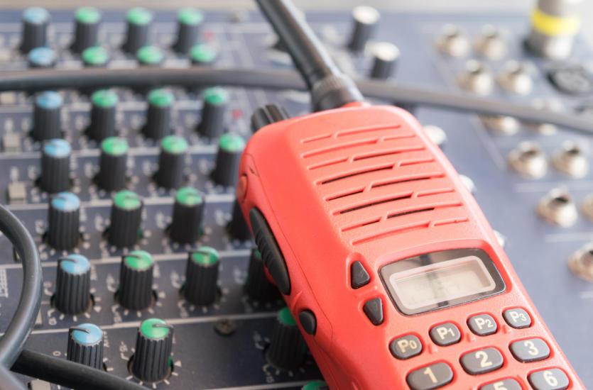 Radiokomunikacja – sposób na porozumiewanie się w terenie