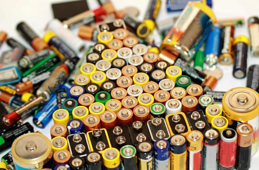 Skup złomu i akumulatorów – połączenie ekologii z biznesem