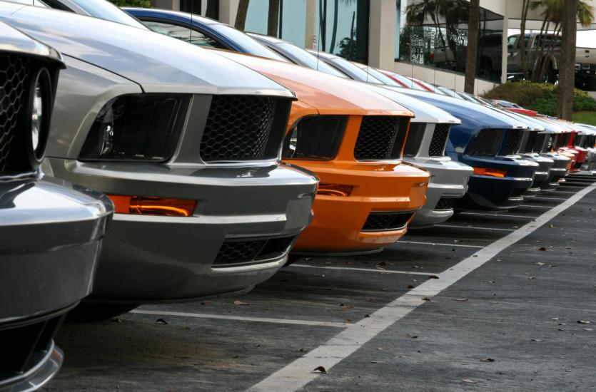 Американский автосалон - каким он должен быть?