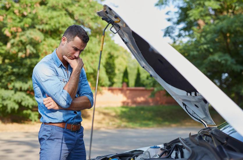 Zalety korzystania z oryginalnych części zamiennych do samochodów