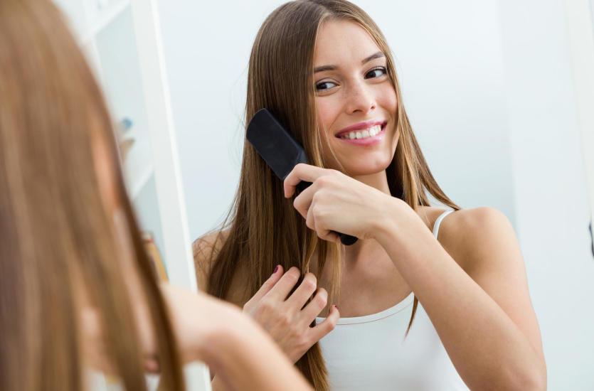 Jaka szczotka do włosów sprawi, że twoja fryzura będzie idealna?