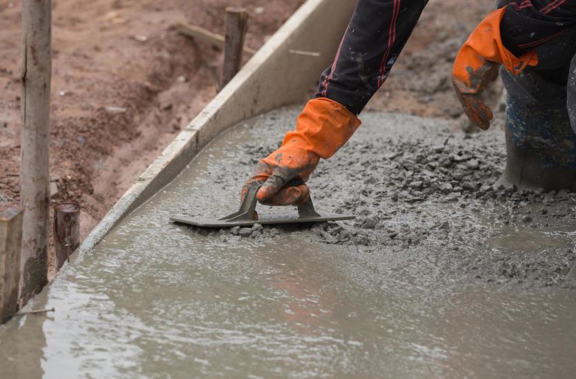 Stawiamy na beton – różne rodzaje, różne zastosowania