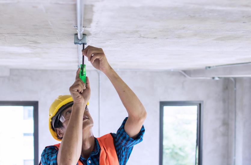 Jak stworzyć bezpieczną instalację elektryczną?