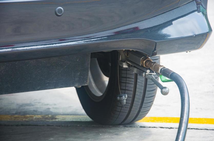 Jak montuje się nowoczesną sekwencyjną instalację gazową w samochodzie? Sprawdź!