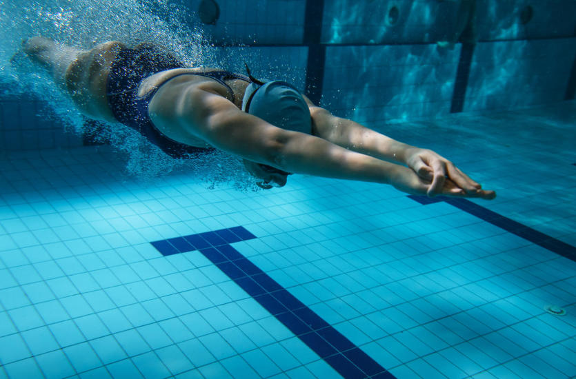 Poznaj 5 powodów, dla których warto pływać!