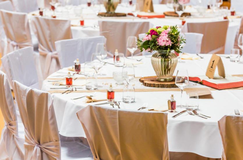 Jak znaleźć idealne miejsce na wesele? Poradnik