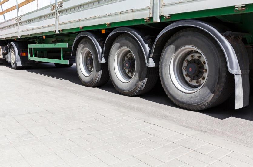 Старые крупногабаритные шины как новые - просто отремонтируйте!