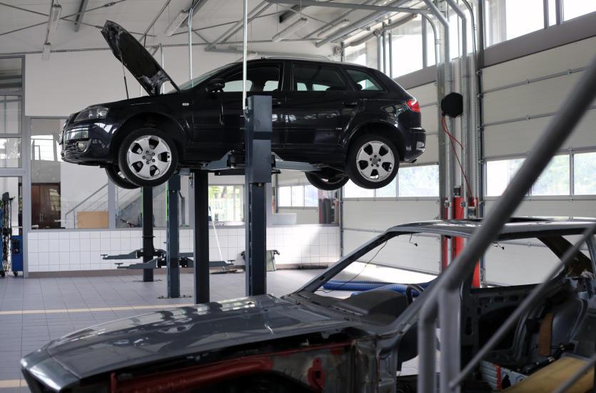 Dlaczego warto korzystać z Autoryzowanych Serwisów Samochodowych?