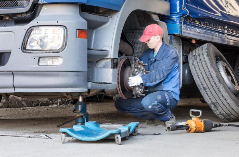 Części zamienne do ciężarówek – niezbędne w przypadku awarii